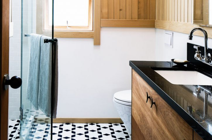 Makeover Your Small Bathroom Inside a Budget