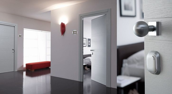 How to Choose Hardware for a Fire Door
