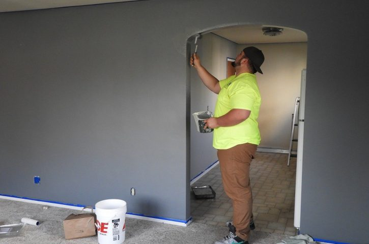 How to hire the right contractor for your residential painting?